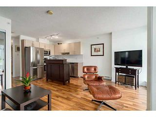 "Photo 8: 608 550 TAYLOR Street in Vancouver: Downtown VW Condo for sale in ""THE TAYLOR"" (Vancouver West)  : MLS®# V1123888"