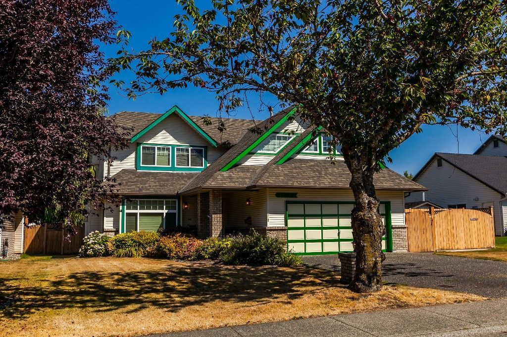 Photo 5: Photos: 21769 46 Avenue in Langley: Murrayville House for sale