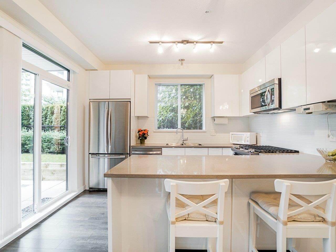 Photo 18: Photos: 108 1151 WINDSOR Mews in Coquitlam: New Horizons Condo for sale : MLS®# R2500299