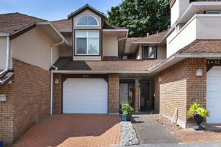 """Photo 1: 4 52 RICHMOND Street in New Westminster: Fraserview NW Townhouse for sale in """"FRASERVIEW PARK"""" : MLS®# R2486209"""