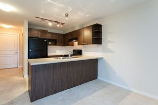 """Photo 8: 311 4833 BRENTWOOD Drive in Burnaby: Brentwood Park Condo for sale in """"Brentwood Gate"""" (Burnaby North)  : MLS®# R2085863"""