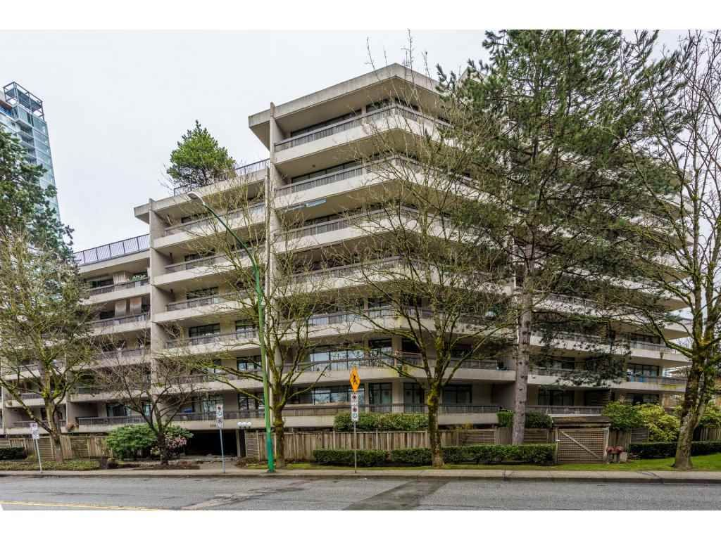 Main Photo: 106 5932 PATTERSON AVENUE in : Metrotown Condo for sale : MLS®# R2148427