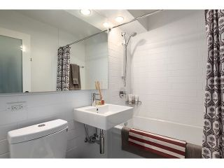 """Photo 8: 605 1445 MARPOLE Avenue in Vancouver: Fairview VW Condo for sale in """"HYCROFT TOWERS"""" (Vancouver West)  : MLS®# V968487"""