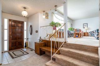 Photo 2: 10456 33 Avenue in Edmonton: Zone 16 House for sale : MLS®# E4225816
