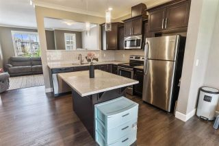 """Photo 3: 26 45025 WOLFE Road in Chilliwack: Chilliwack W Young-Well Townhouse for sale in """"Centre Field"""" : MLS®# R2576218"""
