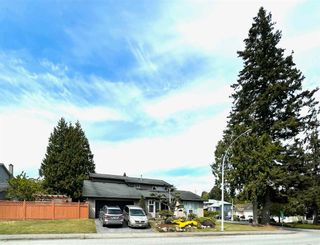 """Photo 27: 16111 10 Avenue in Surrey: King George Corridor House for sale in """"Sunnyside"""" (South Surrey White Rock)  : MLS®# R2580317"""