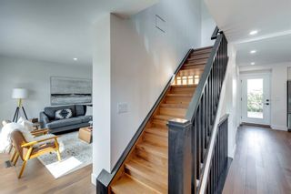 Photo 2: 5904 Lockinvar Road SW in Calgary: Lakeview Detached for sale : MLS®# A1144655