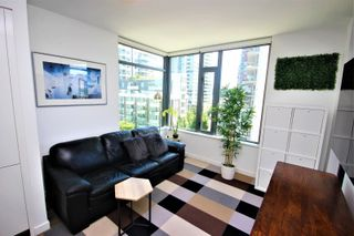 """Photo 4: 601 1688 PULLMAN PORTER Street in Vancouver: Mount Pleasant VE Condo for sale in """"NAVIO"""" (Vancouver East)  : MLS®# R2595723"""