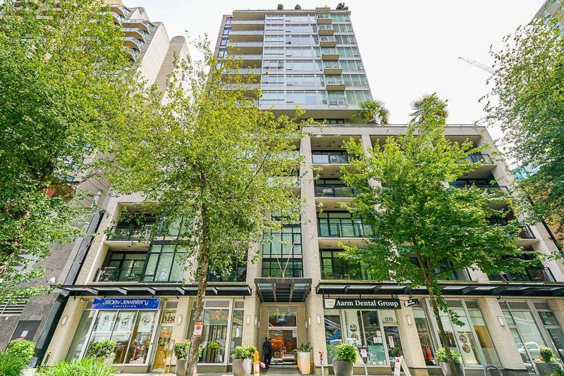 FEATURED LISTING: 904 - 1252 HORNBY Street Vancouver