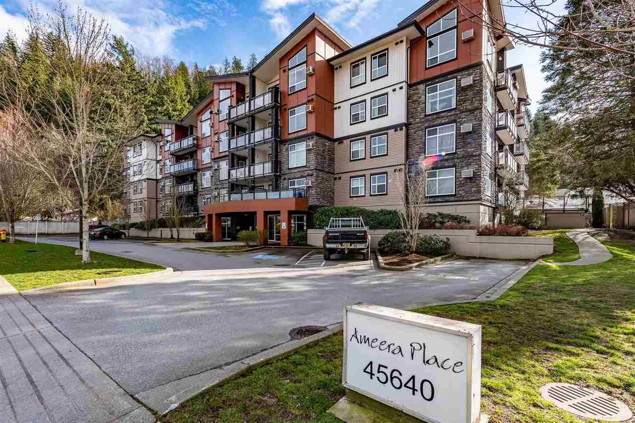 """Main Photo: 312 45640 ALMA Avenue in Chilliwack: Vedder S Watson-Promontory Condo for sale in """"AMEERA PLACE"""" (Sardis)  : MLS®# R2437025"""