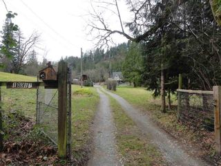 Photo 3: 10017 287 Street in Maple Ridge: Whonnock Condo for sale : MLS®# R2531129