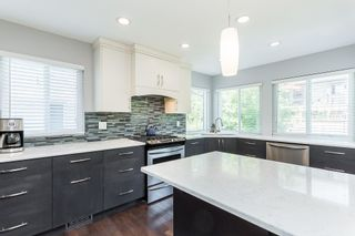 """Photo 7: 35441 CALGARY Avenue in Abbotsford: Abbotsford East House for sale in """"SANDY HILL"""" : MLS®# R2595904"""