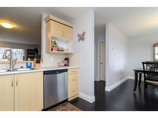 Photo 8: # 2 18181 68TH AV in Surrey: Cloverdale BC Condo for sale (Cloverdale)  : MLS®# F1405291