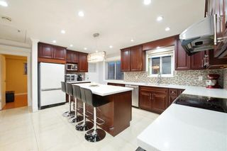 Photo 7: 491 E 63RD AVENUE in Vancouver: South Vancouver House for sale (Vancouver East)  : MLS®# R2328169