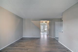 Photo 7: 8 Martinridge Way NE in Calgary: Martindale Detached for sale : MLS®# A1141248