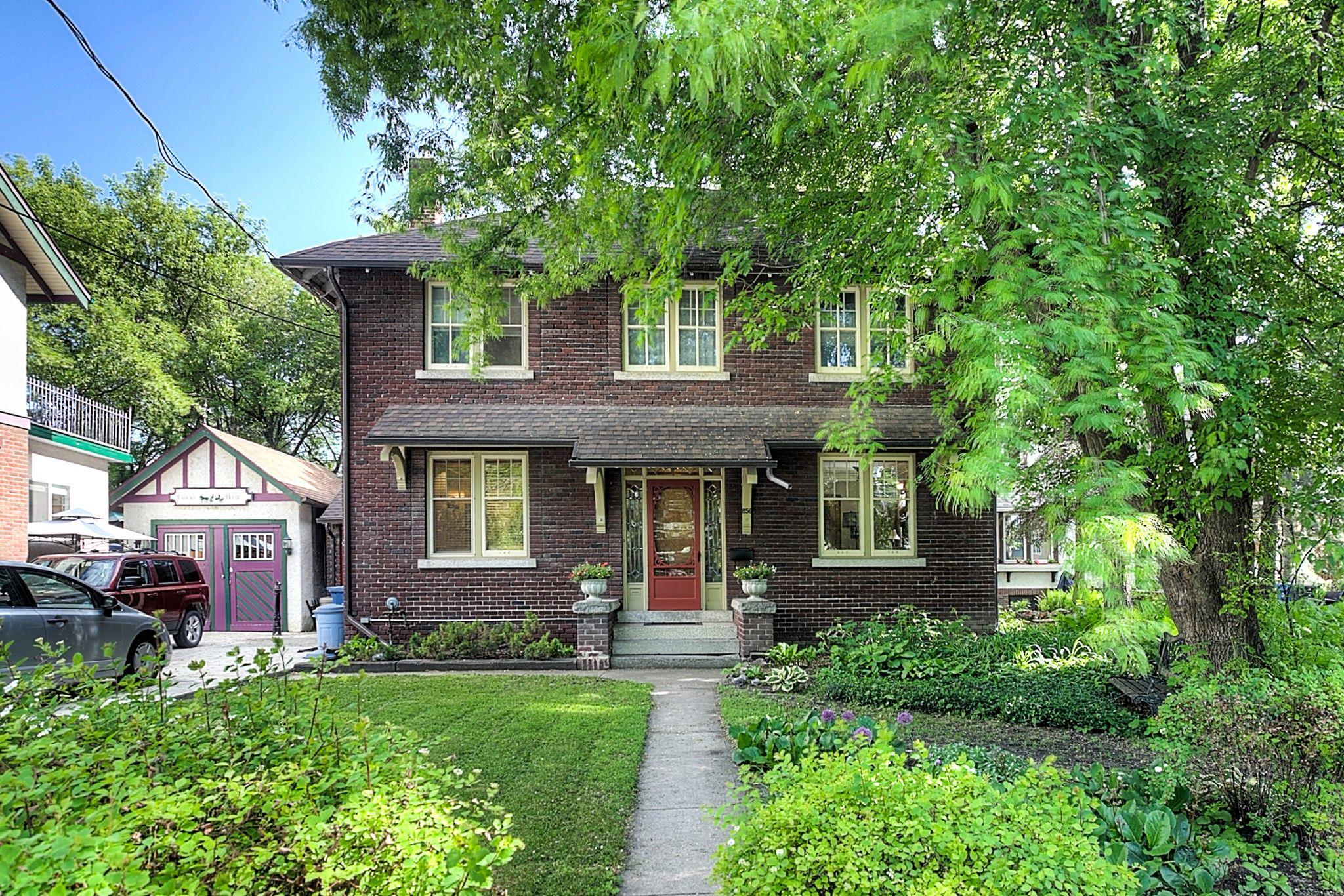 Main Photo: 856 Palmerston Avenue in Winnipeg: Wolseley Single Family Detached for sale (5B)  : MLS®# 1824468