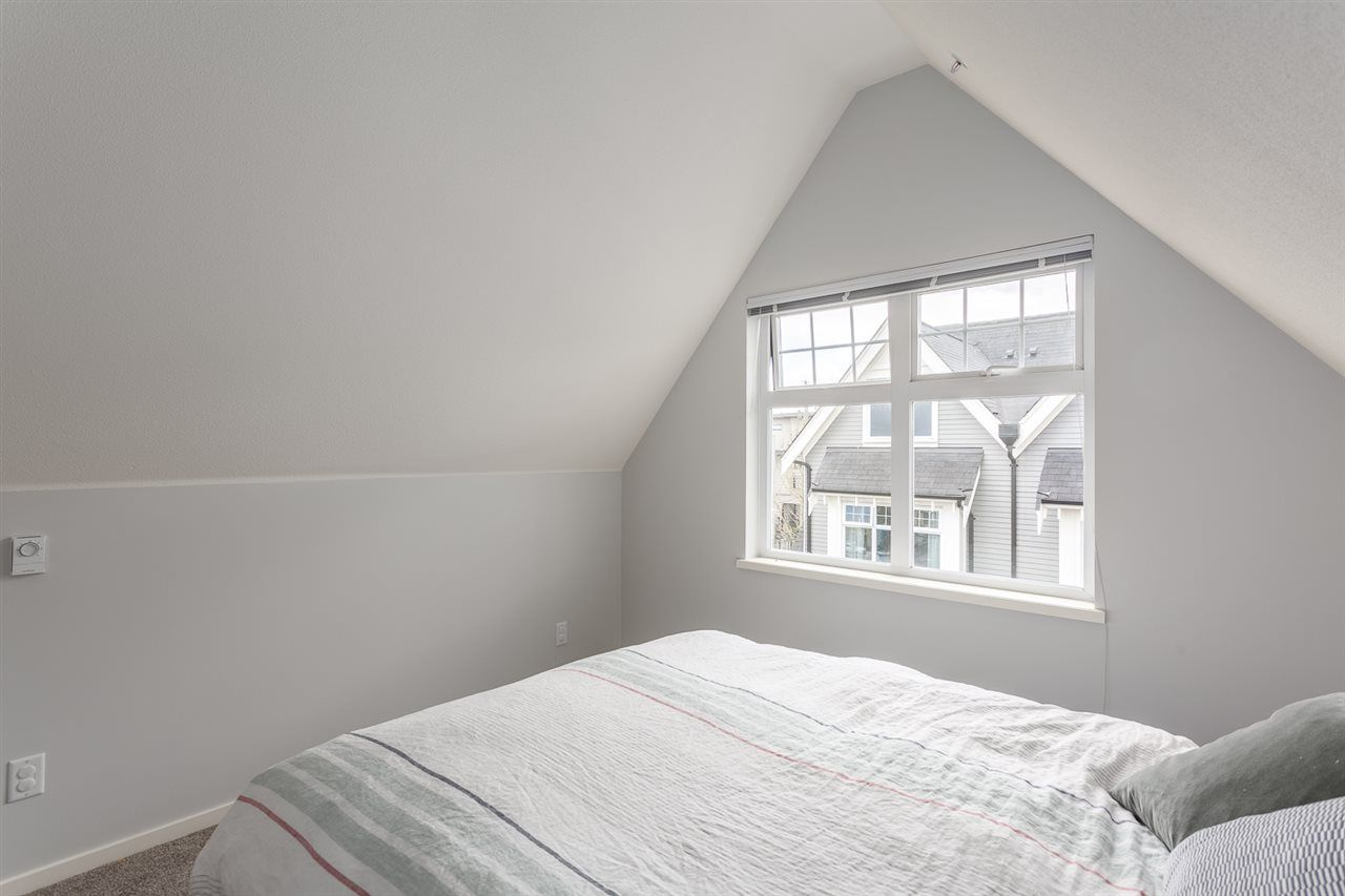 Photo 16: Photos: 3720 WELWYN STREET in Vancouver: Victoria VE Townhouse for sale (Vancouver East)  : MLS®# R2158013