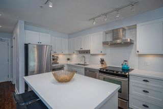 """Photo 10: 305 500 ROYAL Avenue in New Westminster: Downtown NW Condo for sale in """"Dominion"""" : MLS®# R2617235"""