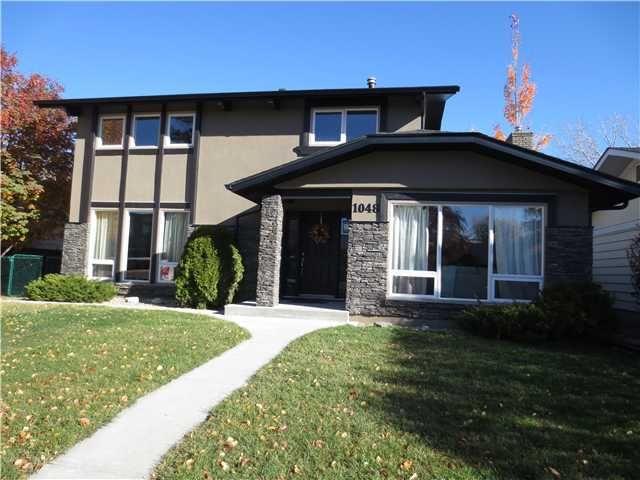 Main Photo: 1048 LAKE TWINTREE Drive SE in Calgary: Lake Bonavista Residential Detached Single Family for sale : MLS®# C3641174