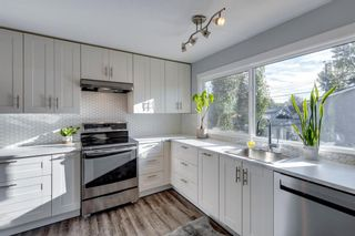 Photo 14: 6310 37 Street SW in Calgary: Lakeview Semi Detached for sale : MLS®# A1147557