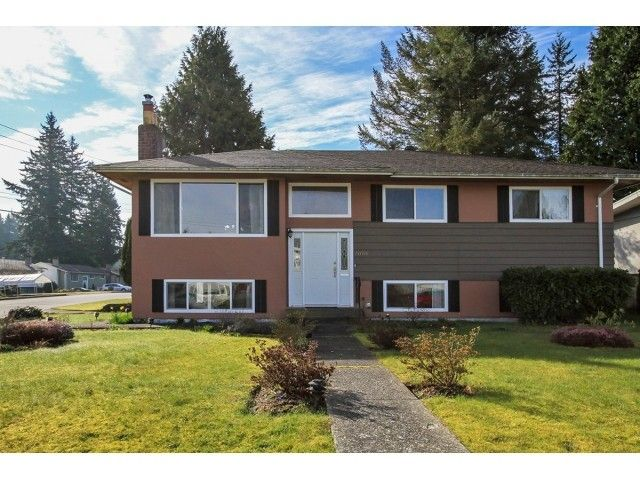 """Main Photo: 2070 FOSTER Avenue in Coquitlam: Central Coquitlam House for sale in """"CENTRAL COQUITLAM"""" : MLS®# V1110577"""