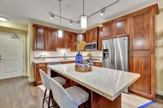 """Photo 10: B526 20716 WILLOUGHBY TOWN CENTRE Drive in Langley: Willoughby Heights Condo for sale in """"YORKSON DOWNS"""" : MLS®# R2621034"""