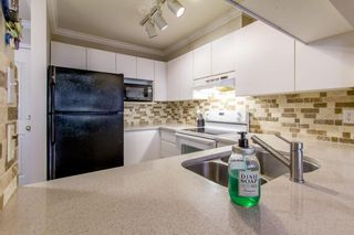 """Photo 14: 105 315 E 3RD Street in North Vancouver: Lower Lonsdale Condo for sale in """"Dunberton Manor"""" : MLS®# R2286632"""