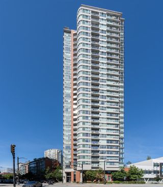 "Photo 2: 610 688 ABBOTT Street in Vancouver: Downtown VW Condo for sale in ""Firenza II"" (Vancouver West)  : MLS®# R2478272"