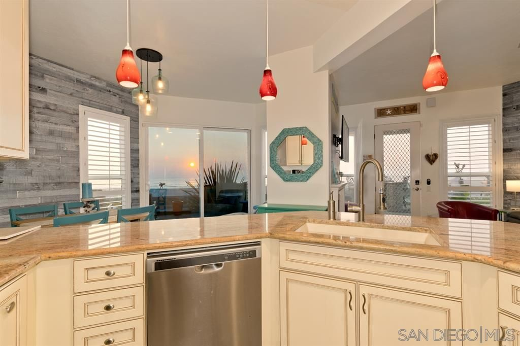 Main Photo: MISSION BEACH Condo for sale : 2 bedrooms : 3285 Ocean Front Walk #2 in San Diego