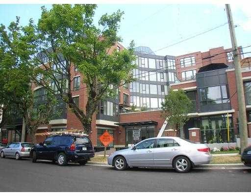 """Main Photo: 429 3228 TUPPER Street in Vancouver: Cambie Condo for sale in """"THE OLIVE"""" (Vancouver West)  : MLS®# V658201"""