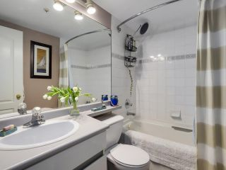 """Photo 18: 404 6745 STATION HILL Court in Burnaby: South Slope Condo for sale in """"SALTSPRING"""" (Burnaby South)  : MLS®# R2272238"""