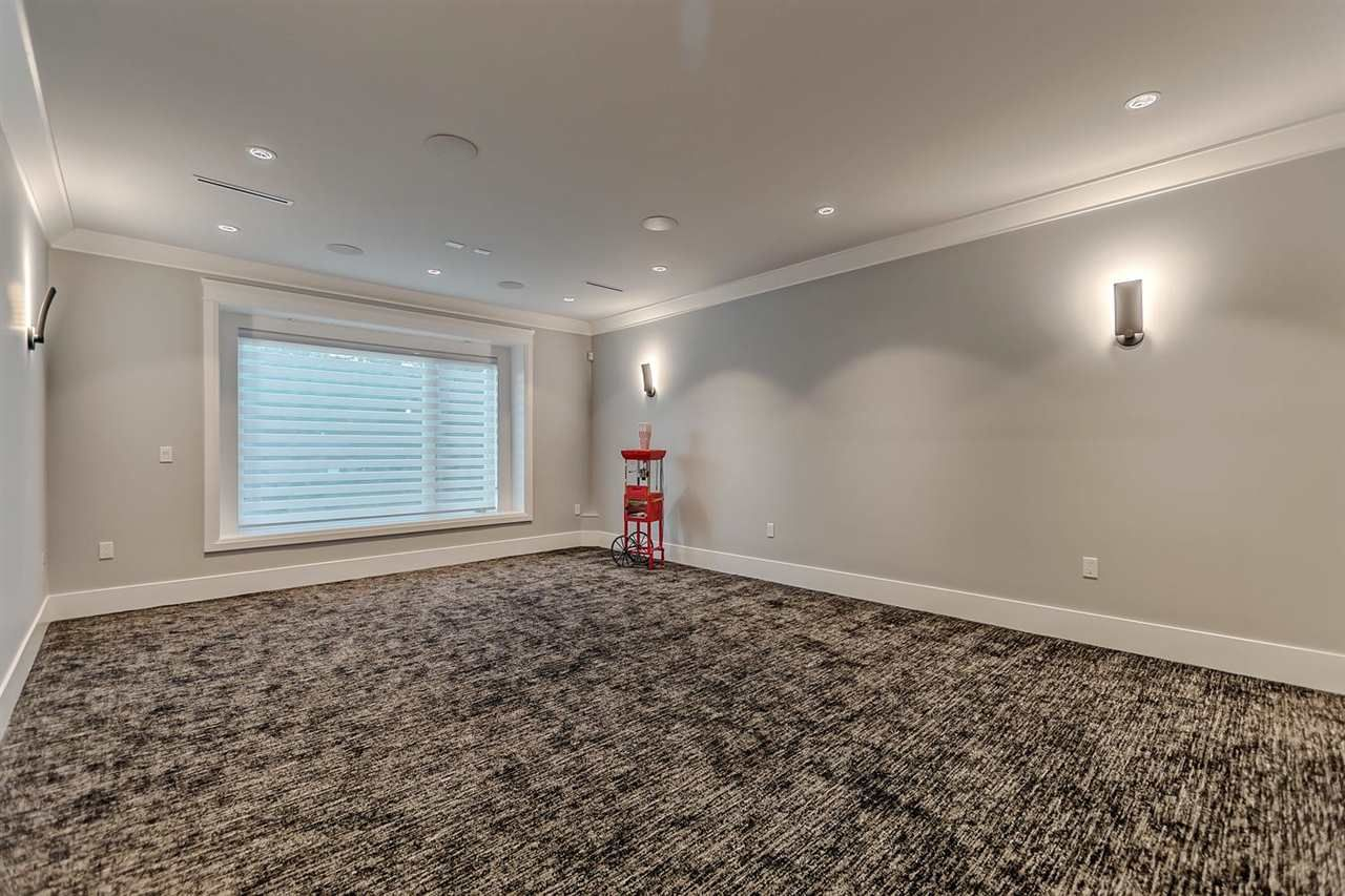 Photo 16: Photos: 626 ELMWOOD Street in Coquitlam: Coquitlam West House for sale : MLS®# R2202291