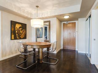 """Photo 2: 2005 63 KEEFER Place in Vancouver: Downtown VW Condo for sale in """"EUROPA"""" (Vancouver West)  : MLS®# R2039893"""