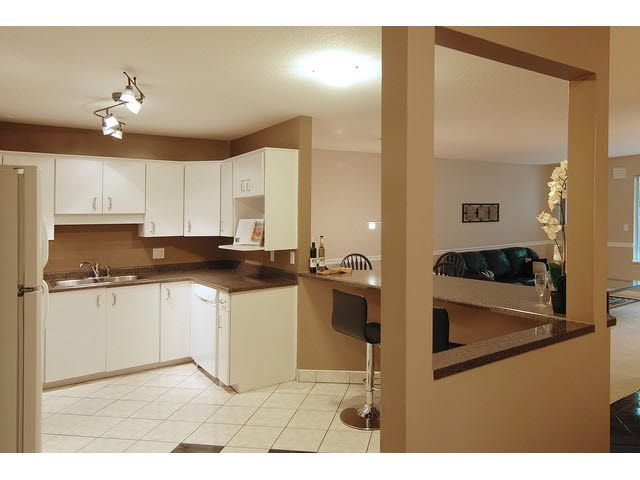 """Photo 3: Photos: 160 100 LAVAL Street in Coquitlam: Maillardville Townhouse for sale in """"PLACE LAVAL"""" : MLS®# V1122771"""