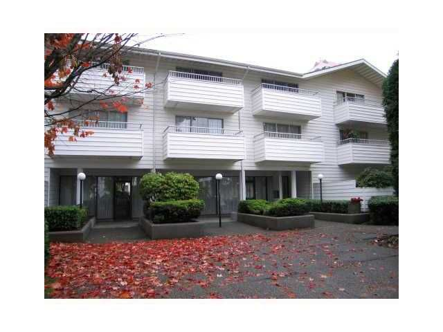 """Main Photo: # 315 707 8TH ST in New Westminster: Uptown NW Condo for sale in """"THE DIPLOMAT"""" : MLS®# V1010308"""