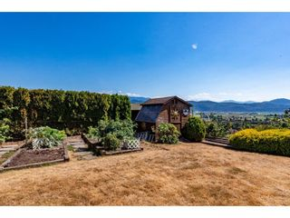 """Photo 34: 2280 MOUNTAIN Drive in Abbotsford: Abbotsford East House for sale in """"MOUNTAIN VILLAGE"""" : MLS®# R2611229"""