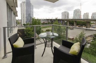 Photo 10: 506 550 PACIFIC STREET in Vancouver: Yaletown Condo for sale (Vancouver West)  : MLS®# R2070570