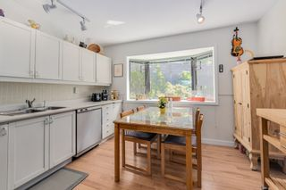 Photo 5: 428 CROSSCREEK ROAD: Lions Bay Townhouse for sale (West Vancouver)  : MLS®# R2070495