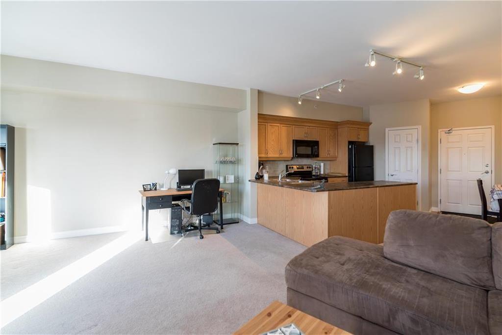 Photo 11: Photos: 419 1205 St Anne's Road in Winnipeg: River Park South Condominium for sale (2F)  : MLS®# 202101052