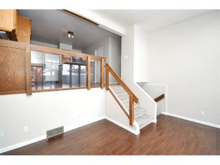 Photo 15: 2303 WESTMOUNT Road NW in Calgary: West Hillhurst House for sale : MLS®# C4014355