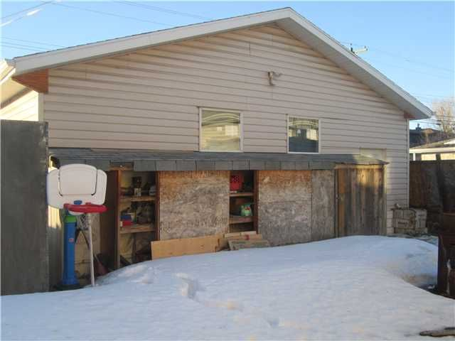 Photo 14: Photos: 2239 37 Street SE in CALGARY: Forest Lawn Residential Detached Single Family for sale (Calgary)  : MLS®# C3598587