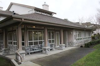"""Photo 14: 203 22150 48 Avenue in Langley: Murrayville Condo for sale in """"Eaglecrest"""" : MLS®# R2238984"""