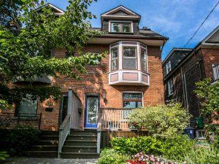 Photo 1: 122 Bertmount Avenue in Toronto: South Riverdale House (3-Storey) for sale (Toronto E01)  : MLS®# E3240996