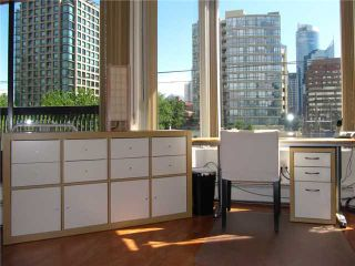 """Photo 9: 506 950 DRAKE Street in Vancouver: Downtown VW Condo for sale in """"ANCHOR POINT II"""" (Vancouver West)  : MLS®# V968927"""