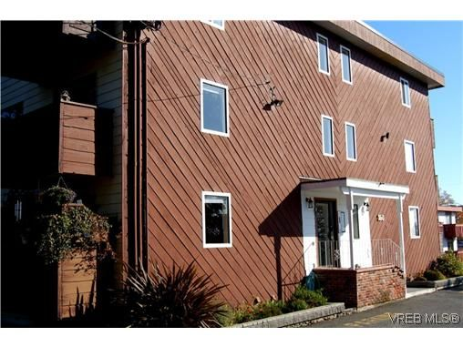 Main Photo: 104 350 Belmont Rd in VICTORIA: Co Colwood Corners Condo for sale (Colwood)  : MLS®# 499266