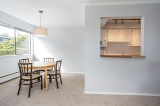 """Photo 10: 101 1330 MARTIN Street: White Rock Condo for sale in """"Coach House"""" (South Surrey White Rock)  : MLS®# R2307057"""