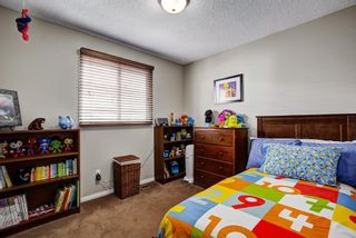 Photo 15: 8347 CENTRE Street NW in Calgary: Beddington Heights House for sale