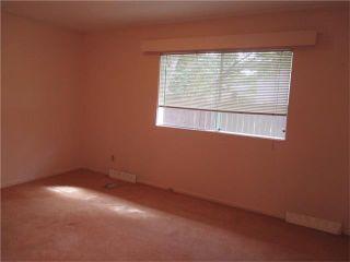 Photo 9: 76 HANOVER Road SW in Calgary: Haysboro House for sale : MLS®# C4031731
