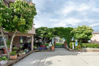 Photo 4: 401 78 RICHMOND Street in New Westminster: Fraserview NW Condo for sale : MLS®# R2594090