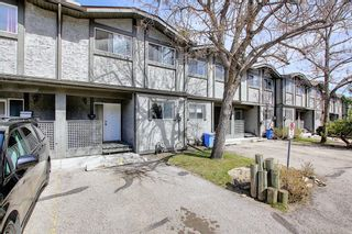 Main Photo: 62 7172 Coach Hill Road SW in Calgary: Coach Hill Row/Townhouse for sale : MLS®# A1102017